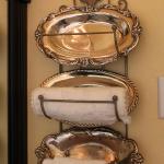 serving-trays-on-wall-decor-ideas3-5.jpg