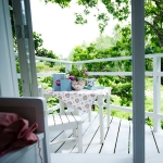 shabby-chic-in-terrace-design-background4