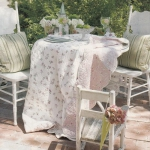 shabby-chic-in-terrace-design-fabrics1-1