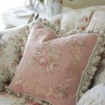 shabby-chic-in-terrace-design-fabrics1-8
