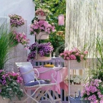shabby-chic-in-terrace-design-flowers7