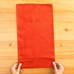 shaped-napkins-step-by-step1-1.jpg