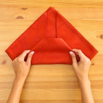 shaped-napkins-step-by-step3-2.jpg
