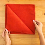 shaped-napkins-step-by-step4-2.jpg