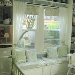 shelves-above-windows-in-kidsroom1.jpg