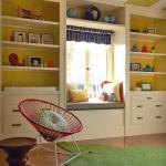 shelves-above-windows-in-kidsroom3.jpg