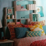 shelves-from-recycled-drawers5-5.jpg