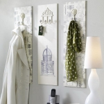 simple-clothes-hooks-decorating-ideas1-3