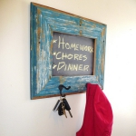 simple-clothes-hooks-decorating-ideas3-3