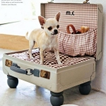 simple-diy-ideas-small-doggie-beds-in-suitcase1