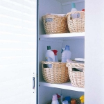 smart-storage-in-wicker-baskets-bathroom6.jpg