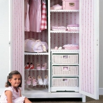 smart-storage-in-wicker-baskets-kidsroom2.jpg