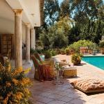 spanish-house-with-cozy-gazebo1-4.jpg