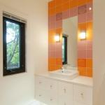 splash-of-exotic-colors-for-bathroom-orange4-2