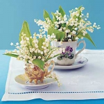 spring-decor-ideas-from-lily-of-the-valley-vases-style2-3