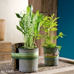 spring-decor-ideas-from-lily-of-the-valley-vases-style3-1