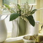 spring-decor-ideas-from-lily-of-the-valley-vases-style3-3