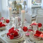 st-valentine-red-white-table-setting1-6.jpg