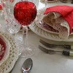st-valentine-red-white-table-setting1-8.jpg