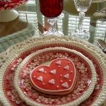st-valentine-red-white-table-setting3-12.jpg