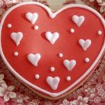 st-valentine-red-white-table-setting3-14.jpg