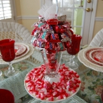 st-valentine-red-white-table-setting3-2.jpg