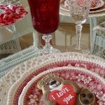 st-valentine-red-white-table-setting3-4.jpg