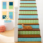 stair-riser-and-steps-decorating-stenciling1.jpg