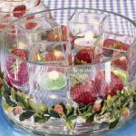 strawberry-season-table-setting-ideas1.jpg