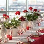 strawberry-season-table-setting-ideas2.jpg