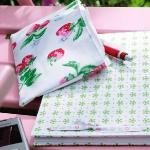 strawberry-season-table-setting-ideas5.jpg