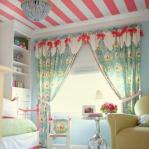 striped-ceiling-ideas-in-kidsroom1-1.jpg