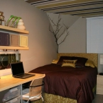 striped-ceiling-ideas-in-teenroom3.jpg
