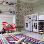 striped-rugs-in-kidsroom1.jpg