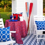 striped-rugs-in-porch3.jpg