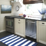 striped-rugs-style-ideas3-5.jpg
