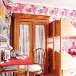 stylish-cozy-rooms-for-teen-girls1-7.jpg