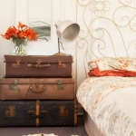 suitcase-and-trunk-as-bedside-table2-7.jpg