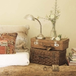 suitcase-and-trunk-as-bedside-table3-1.jpg