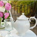 summer-afternoon-tea-in-garden2-6.jpg