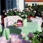 summer-outdoor-tablecloths-themes2-2.jpg