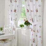 summery-curtains-ideas1-3.jpg