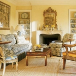 sun-livingroom-traditional13.jpg