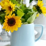 sunflowers-centerpiece-decorating-ideas-vase2-1