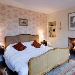 swedish-idea-for-bedroom-wallpaper1-17.jpg