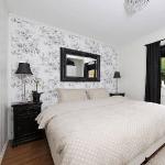 swedish-idea-for-bedroom-wallpaper3-6.jpg