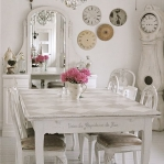 swedish-shabby-chic-diningroom3.jpg