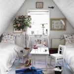 swedish-shabby-chic-bedroom2.jpg