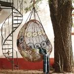 swing-chair-by-designers1-2.jpg