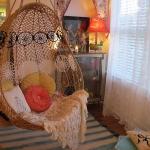 swing-chair-indoor1.jpg